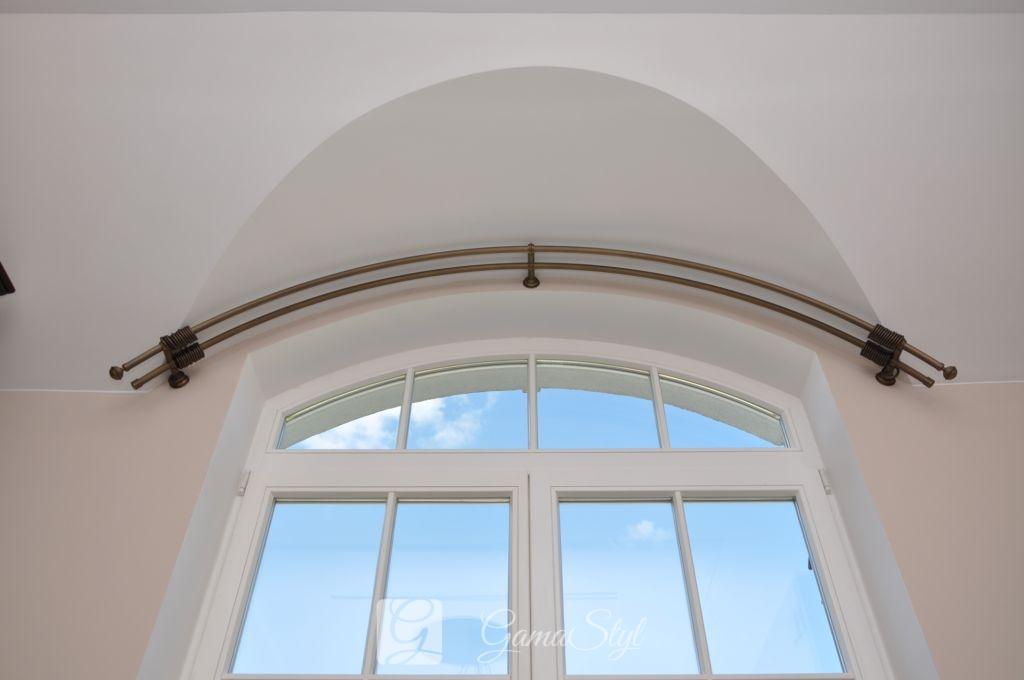 karnisz na okno